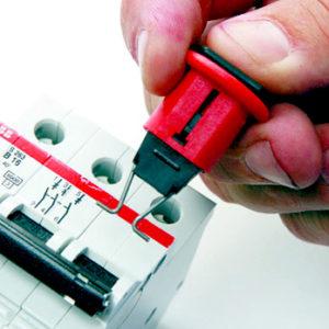 REF: LBED002-1 Bloqueo de disyuntores eléctricos modelo POS