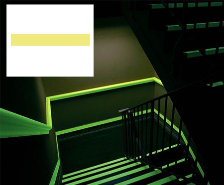 Bordes fotoluminiscentes para escaleras