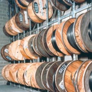 imagen destacada estanterias bobinas con rodillo guia